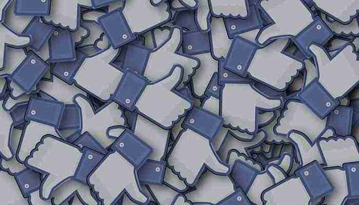 التفاعل علي منشورات الفيسبوك