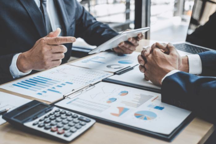 المهارات التنظيمية والمحاسبية وإعداد التقارير