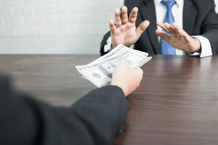 مشكلة استلام المستحقات المالية